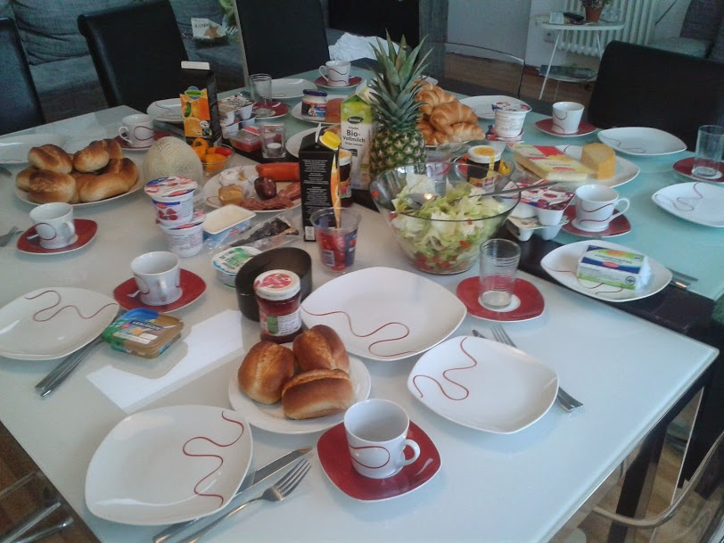 Brunch at the GIMP apartments, after the last day of LGM
